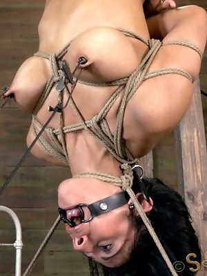 Cougar Beretta James gets owned w/hard cock. Intense inverted deep throat, brutal fucking! Amazing rope bondage