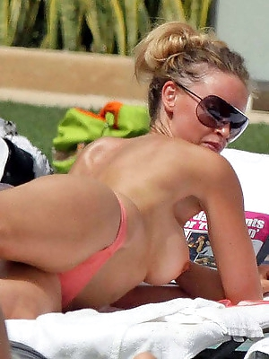 Naked Paris Hilton, sexy Ke$ha and others famous celebrities open for you their world of sex.