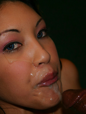 Deepthroat gagging pics. Blowjob pictures for your pleasure.