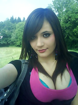 Emotional babes porn pictures. Emo teen porn pics.