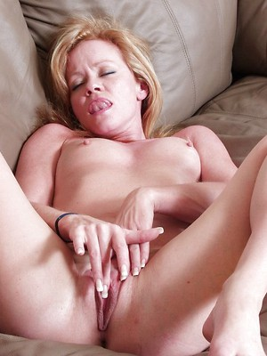 Watch squirt sex pics for free. Squirt orgasm porn pictures.