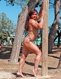 Muscle babe in a..