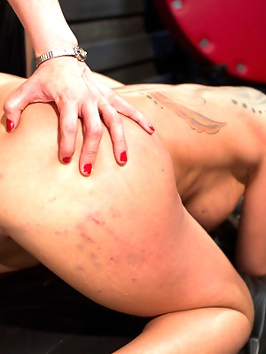 Hot MILF Stepmom fisted and double penetrated by step daughter and her best friend!