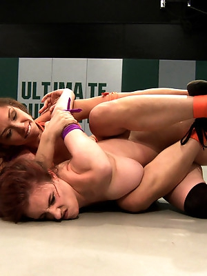 Audrey The Thorn Rose vs Iona Tenacious DD Grace
