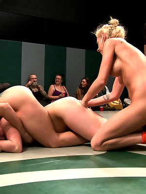 3pts separate these 4 girls in the final wrestling RD<br>Who is going to open the can of whip ass?