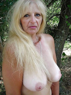 Old grannies porn pictures. Granny porno.